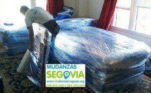 Mudanzas de Segovia a Melilla